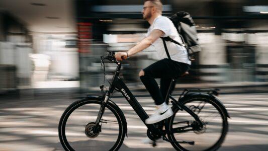 thumbnail_Sicher mit dem E-Bike, in der Stadt und im Gelände